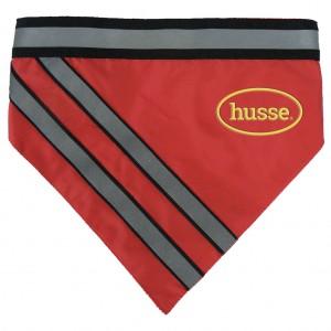 collar rojo reflectante con dos tiras grises fluorescentes, velcro y el logo husse, Reflektande Krage