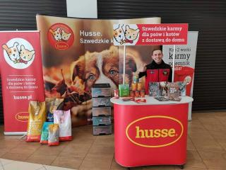 HUSSE TOOK PART IN ADOPTION EVENT FOR HOMELESS DOGS AND CATS IN POLAND